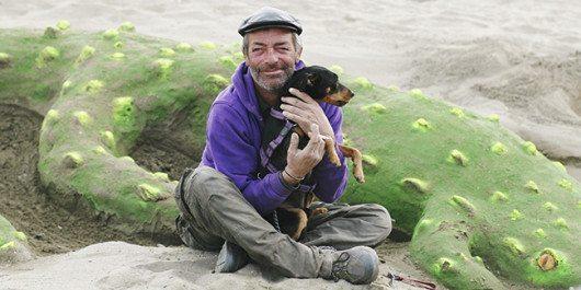 Diego Barbaso är hemlös i Fuengirola. Han träffade den hemlöse svensk som yxmördades här för några år sedan.