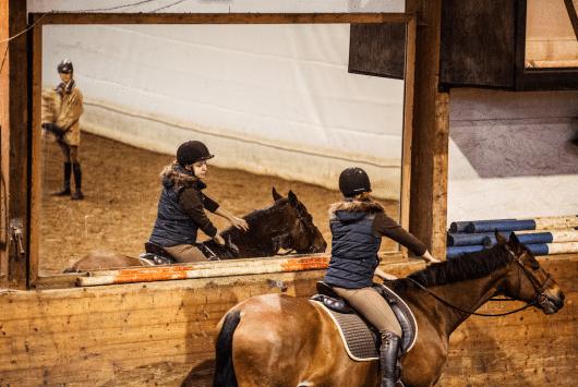 Sofia Gunnarssons stora kärlek och barndomsdröm slutade i katastrof. Men hon slängde sig upp i sadeln igen.