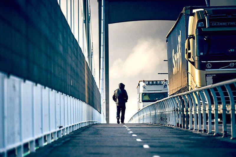 """Roffe Ruff, som tillbringat mycket tid på Hisingen de senaste åren, är trött på bilden av Sveriges femte största ö. """"Det snackas alltid om gängkrig och skottlossningar och att du riskerar att bli dödad så fort du går över bron. Självklart finns det problem men det finns det i alla områden."""""""